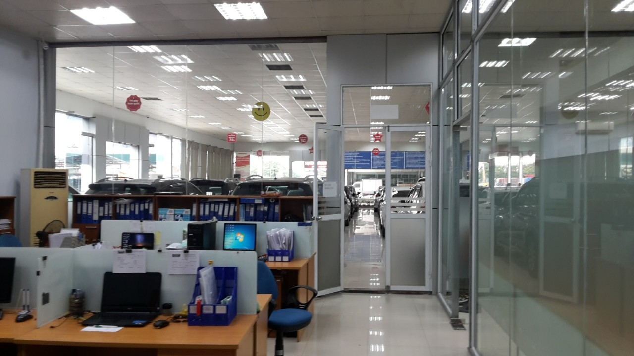 thi-cong-showroom-anycar-my-dinh (13)